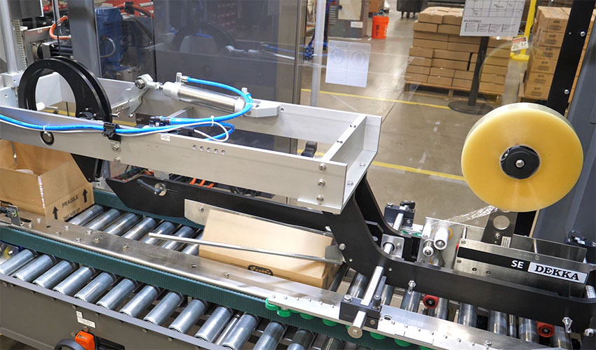Tray Packer Performance Loader integrated case sealer